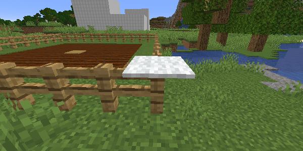 フェンスの上に置かれたカーペット
