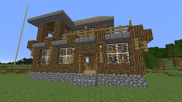 完成したオークの木の家