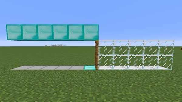 屋根を設置したドア