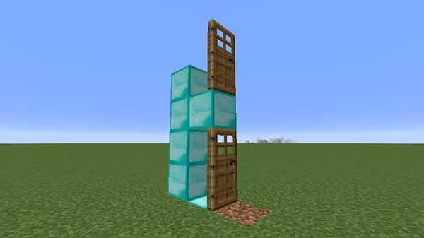 二段重ねのドア