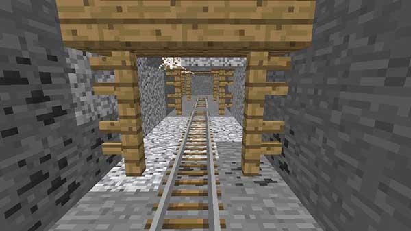 坑道のレール