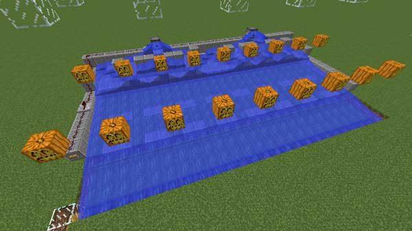 植林場に流れる水