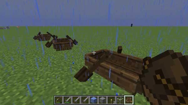 3つ並べられたボート