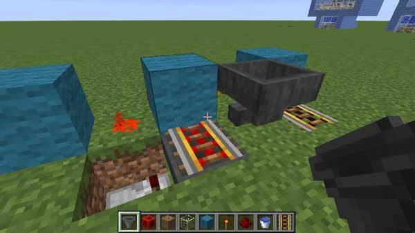 水の下のアイテム回収用ホッパー