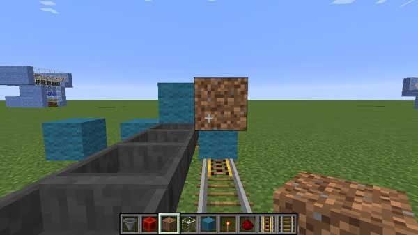 レールの上に設置された土ブロック