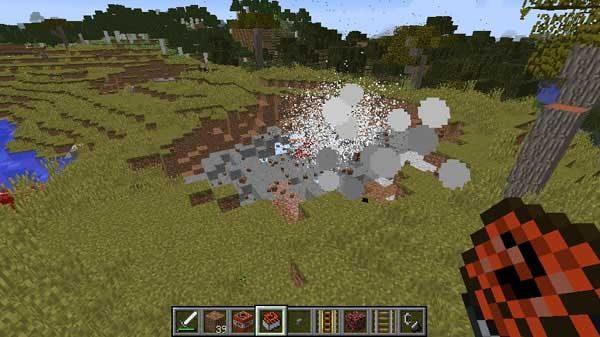 重ねたTNTの爆発の瞬間