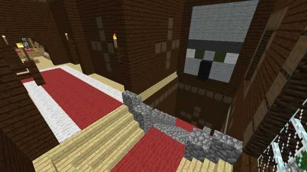 階段の上の邪悪な村人の顔