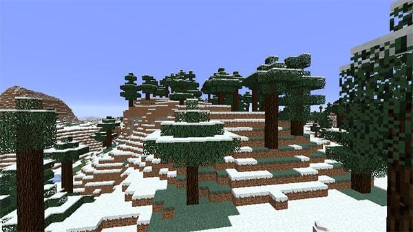 雪の降るタイガの丘陵