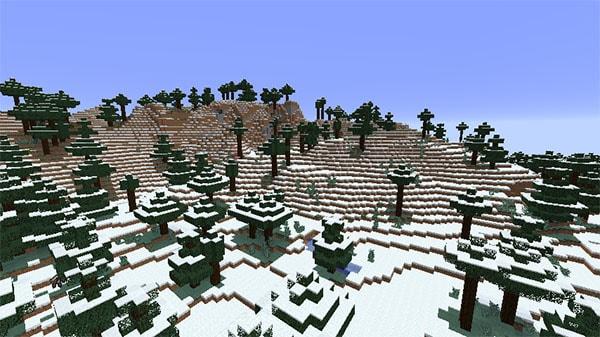 雪の降るタイガの山