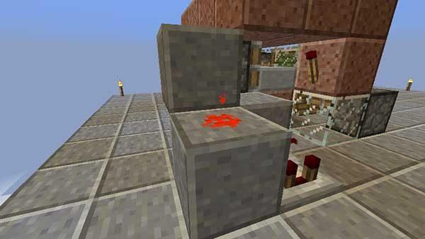 コンパレーター横のブロック